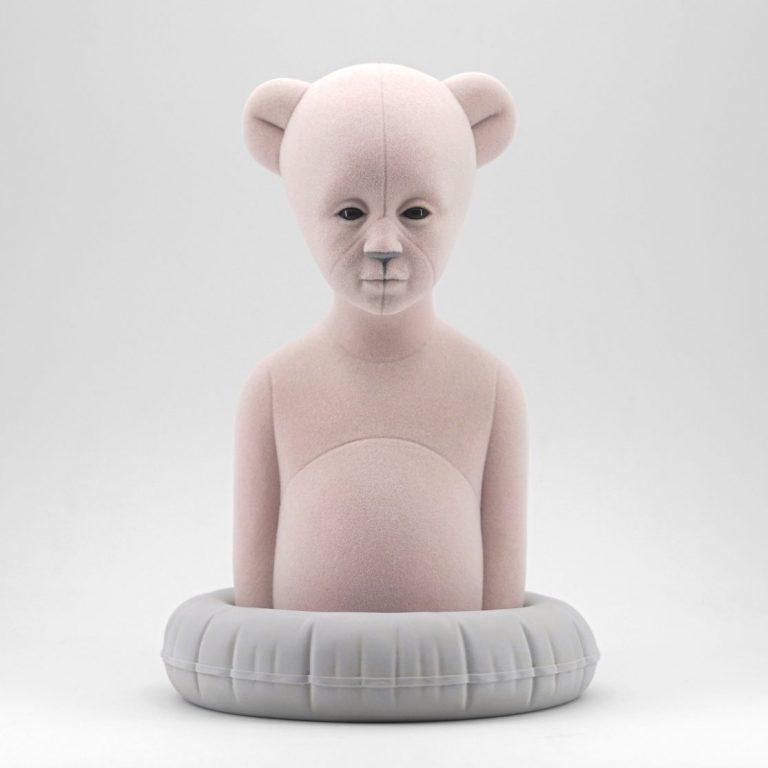 Polar Kid, Ash/Pink, 2020, Sculpture – Resin, flock, 30.0 × 21.0 × 19.5 cm.