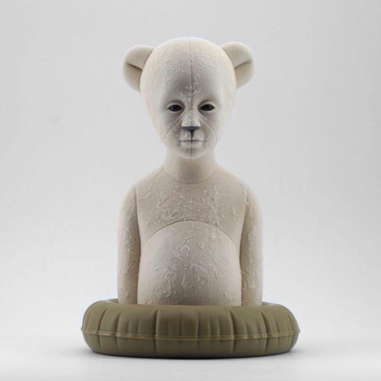Polar Kid, Vintage, 2020, Sculpture – Resin, flock, 30.0 × 21.0 × 19.5 cm.